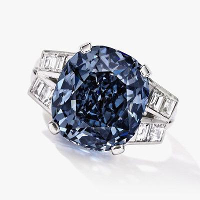 Кольцо Ширли Темпл с насыщенно-голубым бриллиантом