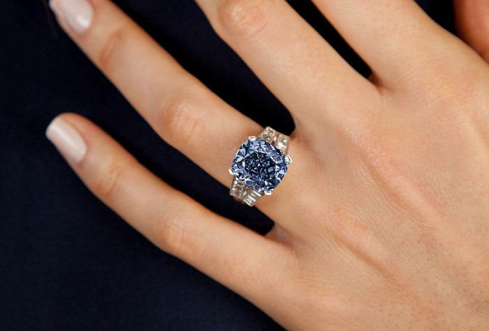 Стоимость голубого бриллианта Ширли Темпл может достичь 35 миллионов долларов