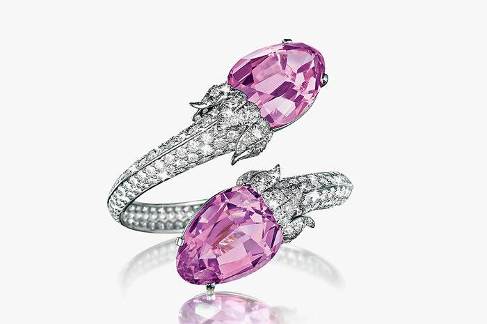 Браслет с розовыми кунцитами и бриллиантами от Harry Fane