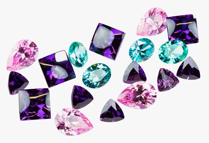 Разноцветные фианиты. Фото: cooksongold.com