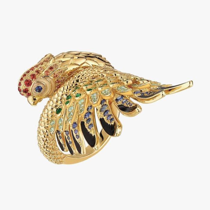 Кольцо из желтого золота от Lalique