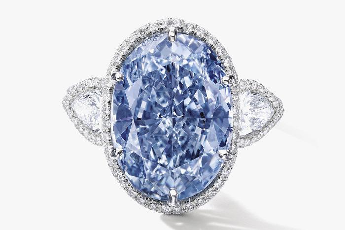 Кольцо с голубым бриллиантом De Beers Millennium Jewel 4