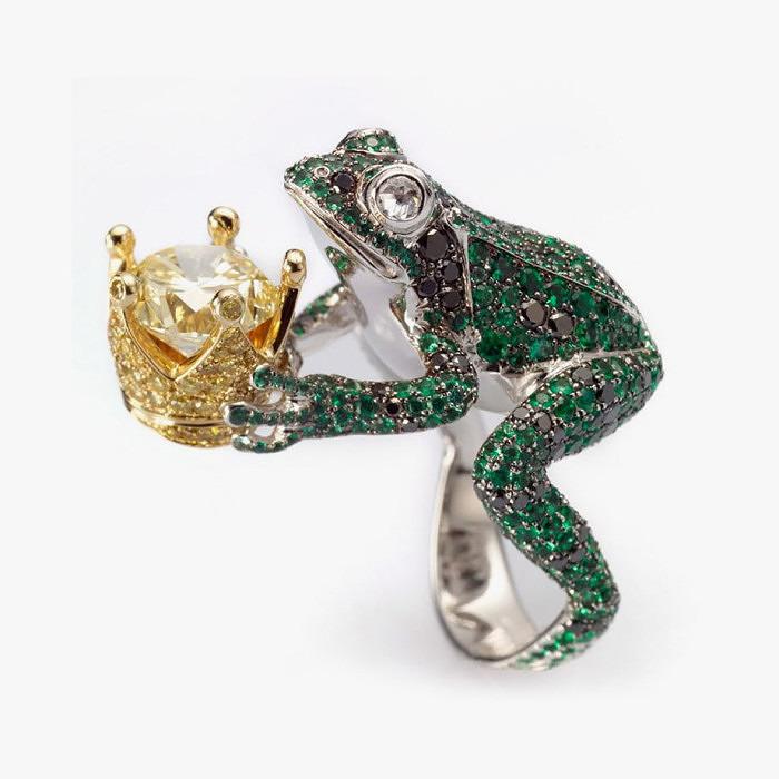 Кольцо Chopard с лягушонком с крупным желтым бриллиантом