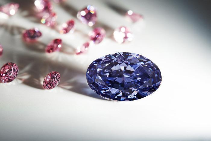 Фиолетовый бриллиант Argyle Violet весом 2,83 карата