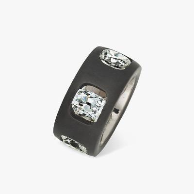 Кольцо Hemmerle из черного железа с бриллиантами