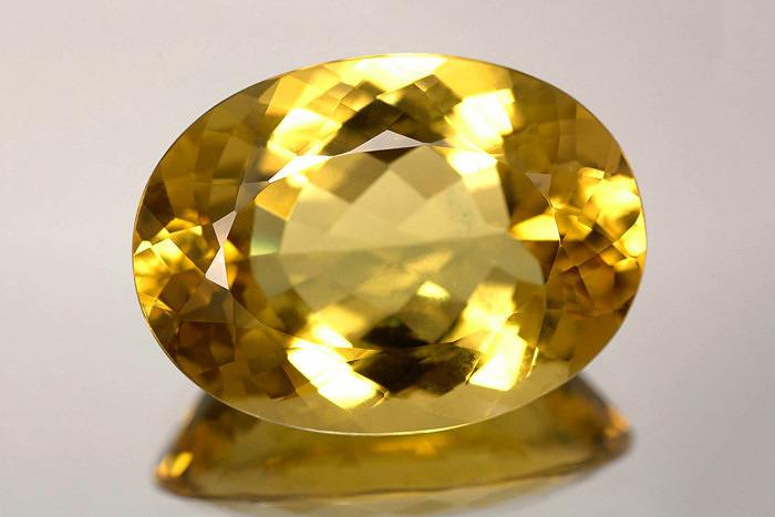 Гелиодор (желтый берилл)