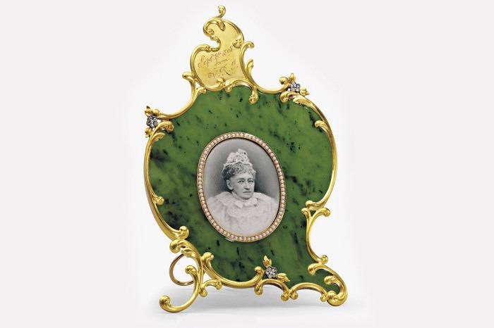 Нефритовая рамка Faberge