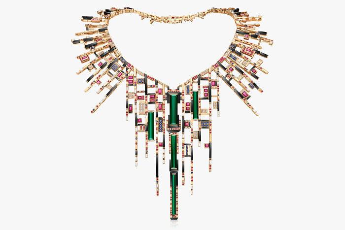Колье Les Blocs de Fantaisie с турмалинами, сапфирами, рубинами, халцедонами и бриллиантами