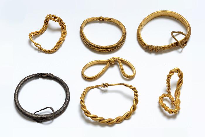 Золотые браслеты викингов. Фото: Nick Schaadt, Museum Sønderskov