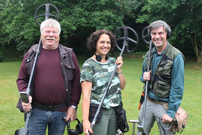 Команда Team Rainbow Power, нашедшая в Ютландии 7 браслетов викингов. Фото: Jørn Larsen