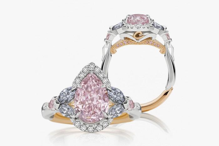 Кольцо с розовым бриллиантом 2,15 карата от Calleija