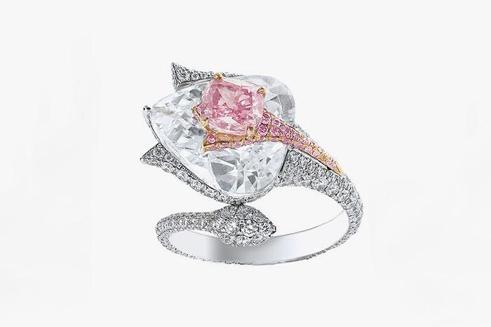 Кольцо Boghossian с розовым бриллиантом весом 5 карат