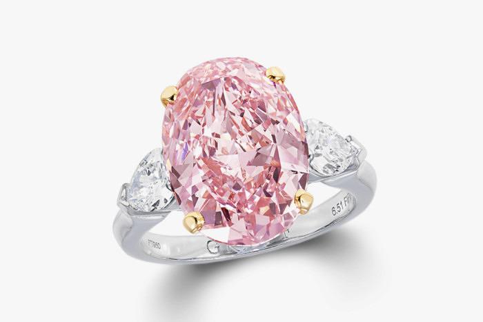 Кольцо Graff Diamonds с розовым бриллиантом весом 6,51 карата