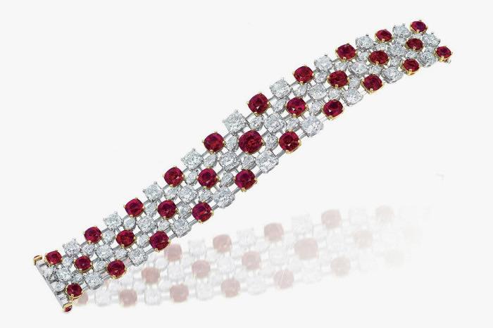 Браслет с рубинами и бриллиантами Christie's