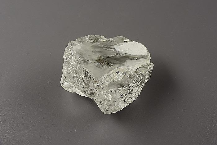 Алмаз весом 214,65 карата