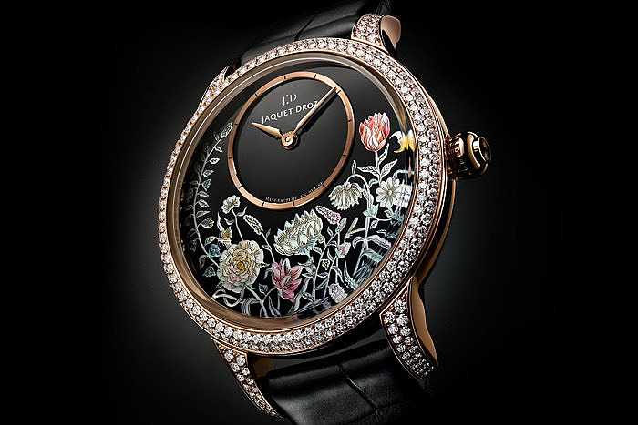 Petite Heure Minute Thousand Year Lights от Jaquet Droz