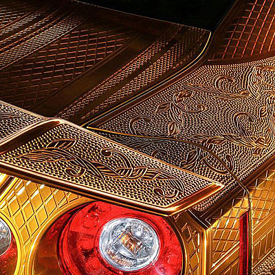 2_Engraved-Goldmetal-Paint-Godzilla-Nissan-GTR-17