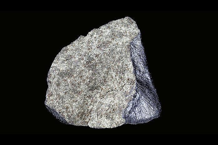 Метеорит Нахла, упавший в 1911 году в Египте. Фото Natural History Museum