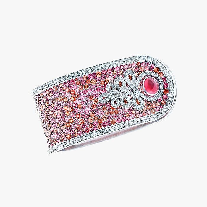 Браслет-манжет Tiffany & Co. с яркой шпинелью
