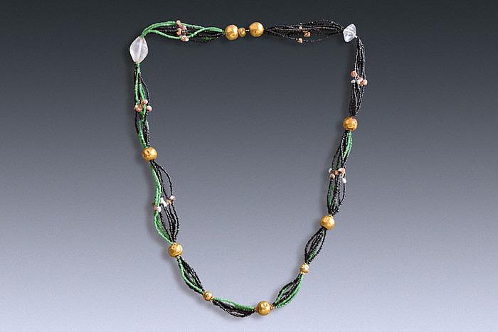 Ожерелье Хан Фаронг с жемчугом и золотом