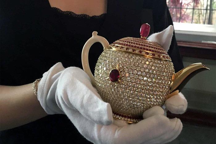 Стоимость чайника составляет 3 миллиона долларов, что делает его самым дорогим в мире