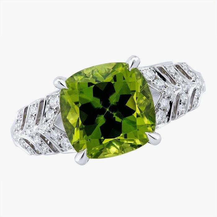 Кольцо Prism от Boodles с хризолитом и бриллиантами