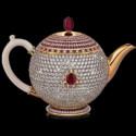 Самый дорогой в мире чайник украшен рубинами и бриллиантами