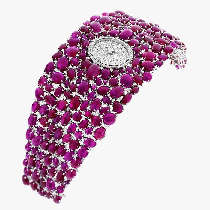 Ювелирные часы на широком браслете от DeLaneau
