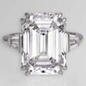 7 великолепных колец с бриллиантами изумрудной огранки