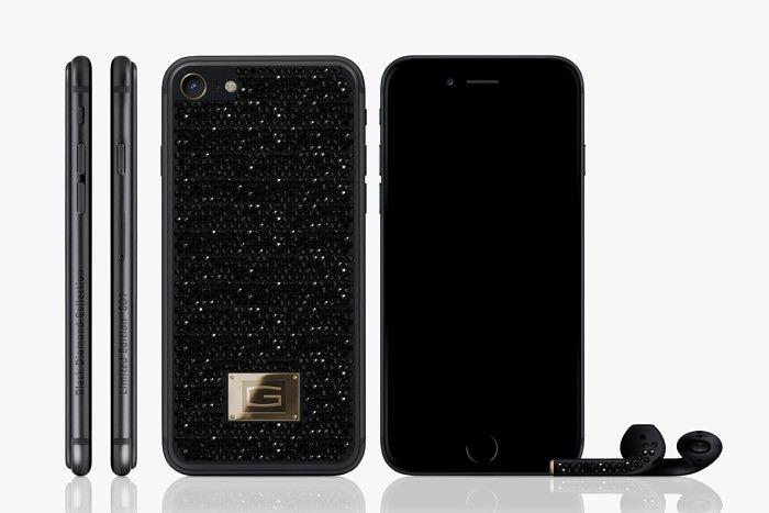 iPhone 7 с черными бриллиантами от Gresso