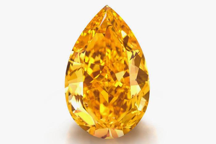 Оранжевый бриллиант The Orange