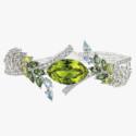 Браслет с хризолитом с бриллиантами от Chanel