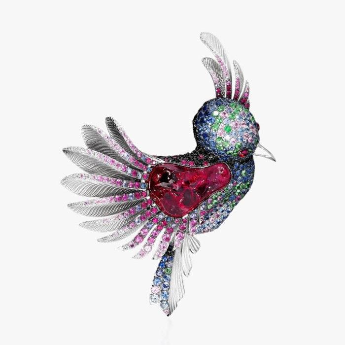 Брошь-колибри с 25-каратным рубеллитом от Mousson Atelier