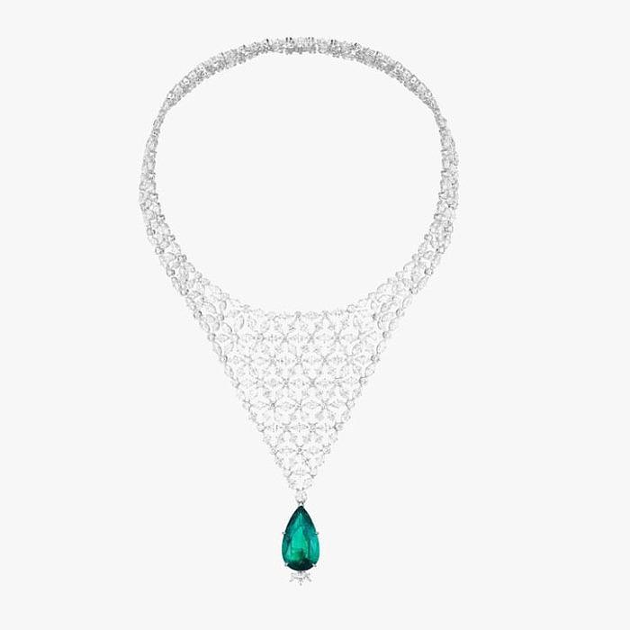 Колье с бриллиантами и изумрудом от Chopard
