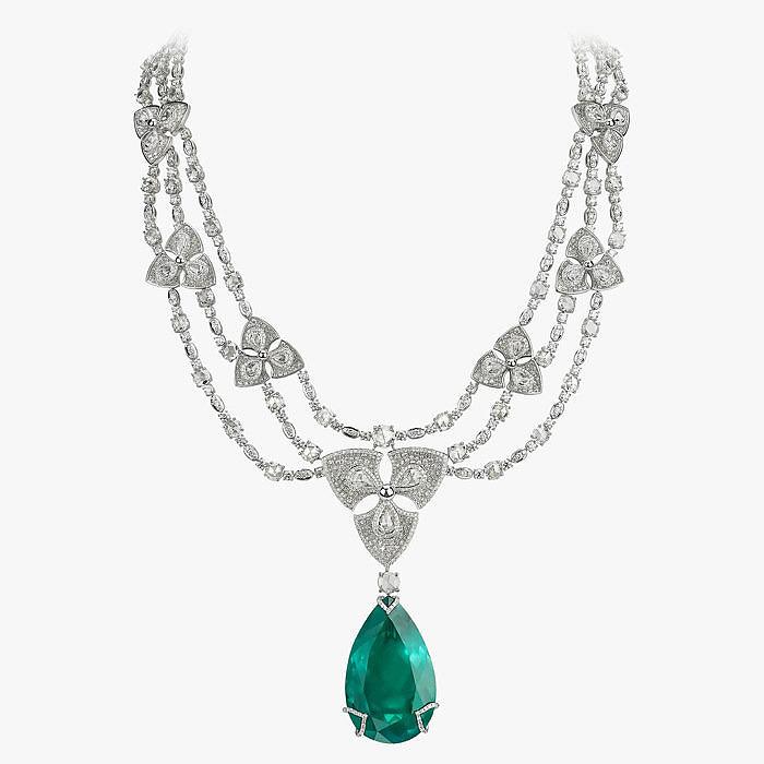 Колье с изумрудом и бриллиантами от Avakian