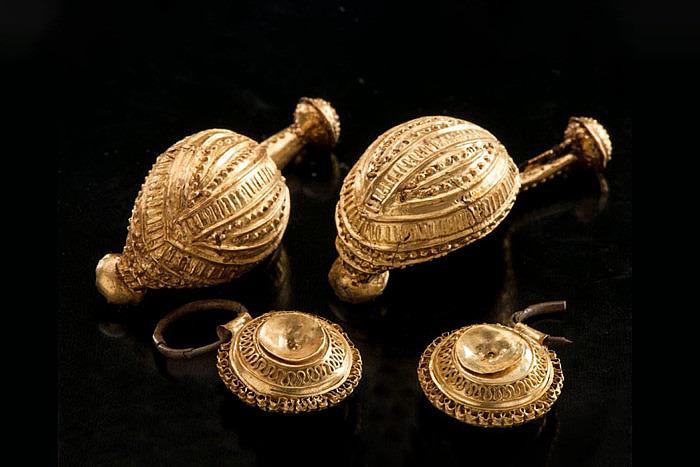 Драгоценности, найденные в гробнице Дамы. Фото: Dirk Krausse et al / Antiquity