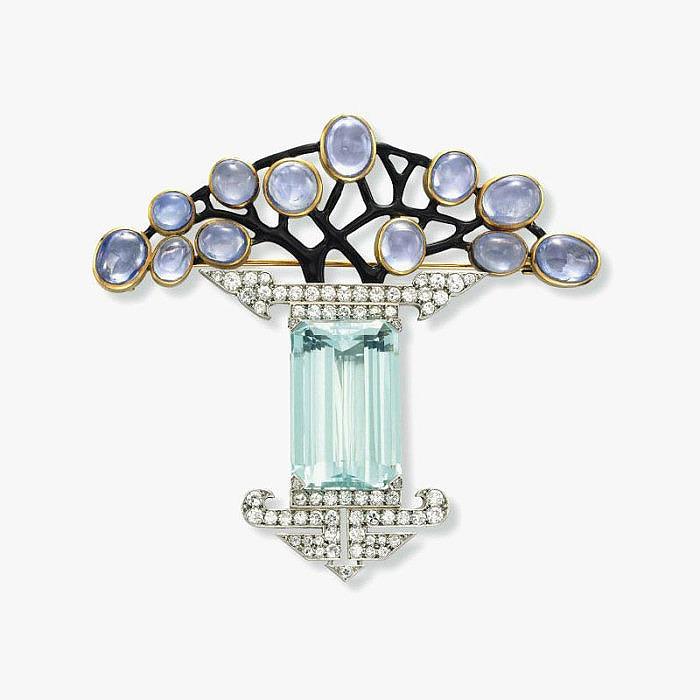 Брошь с аквамаринами, бриллиантами, сапфирами и эмалью от Georges Fouque