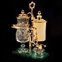 Покрытая золотом кофеварка от Royal Paris