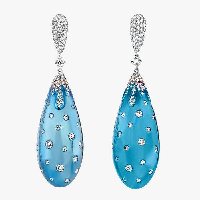 Титановые серьги с бриллиантами от La Reina