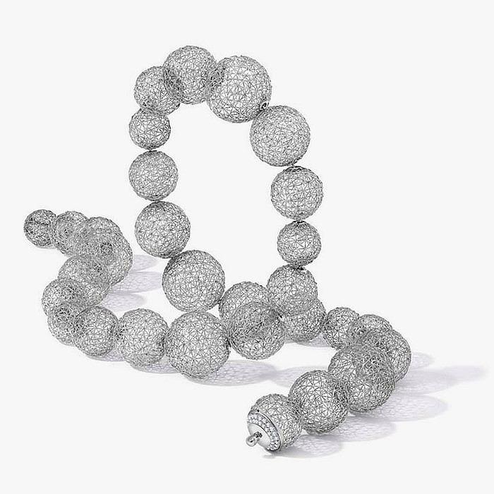 Платиновое колье Geo.Sphere от Tom Rucker