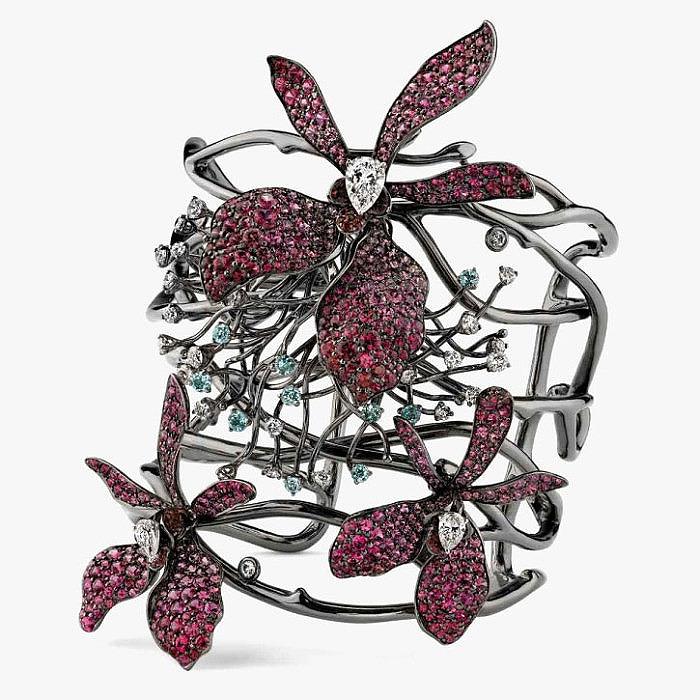 Кольцо с бриллиантами, шпинелью и турмалинами параиба от Arunashi