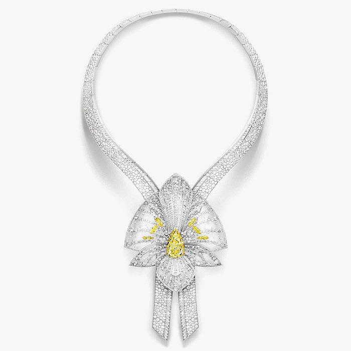 Бриллиантовое колье Lys Radiant из коллекции Boucheron — Vendôme 26