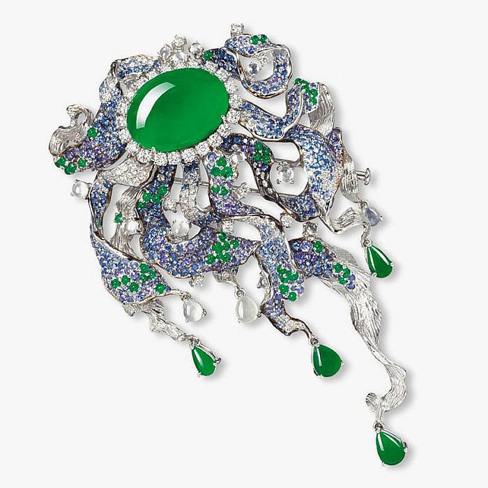 Брошь с жадеитом, бриллиантами и разноцветными драгоценными камнями
