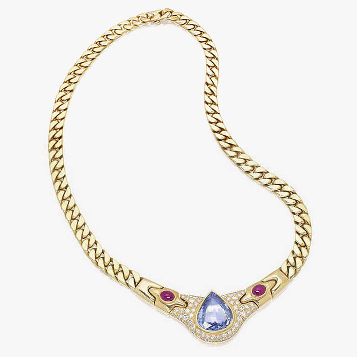 Сапфиры, рубины и бриллианты в колье от Bulgari