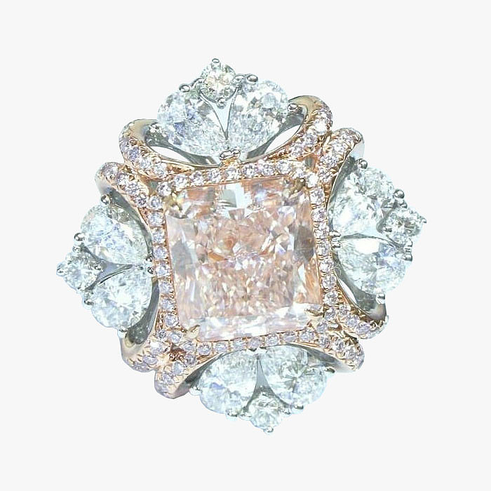 Кольцо из золота с бриллиантами от Edelman Diamonds