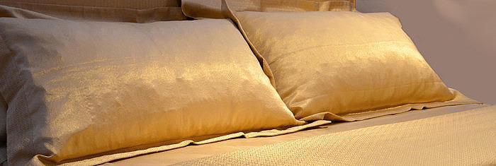 Комплект постельного белья из 24-каратного золота