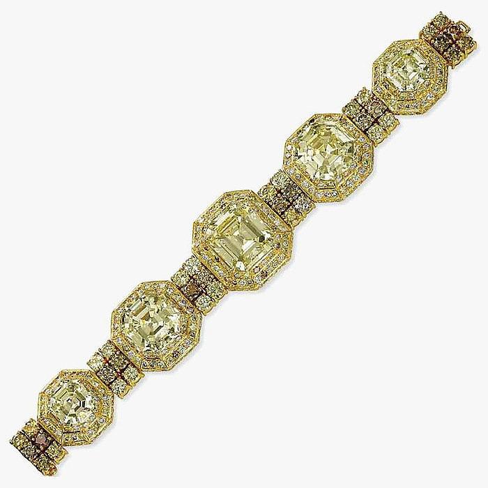 Золотой браслет с пятью желтыми бриллиантами