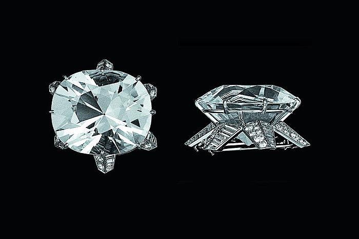 Бриллиант Jubilee в броши Cartier