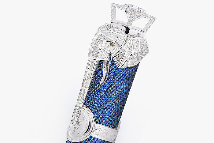 Колпачок ручки High Artistry Homage to Hannibal Barca от Montblanc украшен бриллиантовым слоном