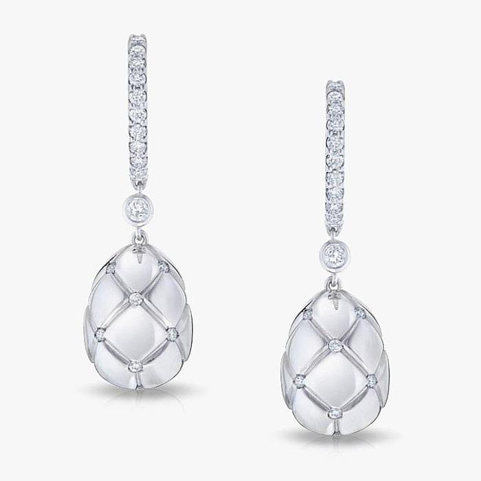 Серьги Fabergé из золота с узором из бриллиантов